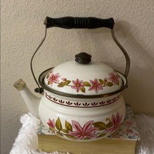 Vintage tea pot